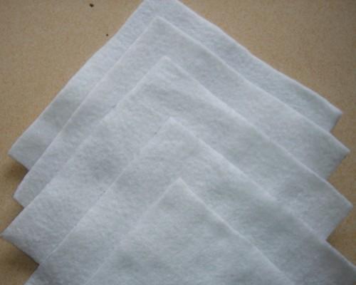 短丝针刺土工布